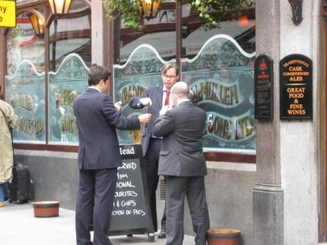 "The ""liquid business lunch"" is still popular in London"